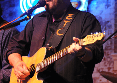 Banita_Creek_Hall-KKW_9218-Earl-Thomas-Conley-7-11-09_fs_fs