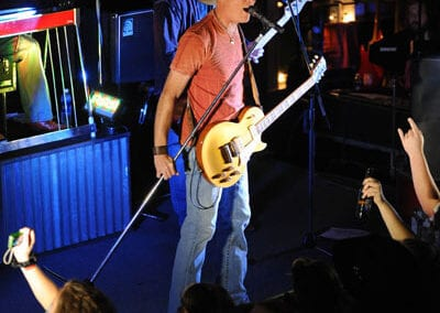 Banita_Creek_Hall-Kevin_Fowler_30_APR_2010_KKW_1562_fs